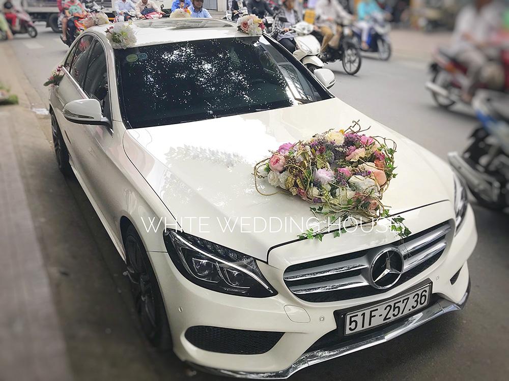 Trang trí xe hoa lụa