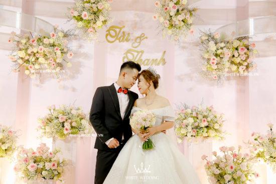 pink-sweet-gói-trang--trí-nhà-hàng-white-wedding-4